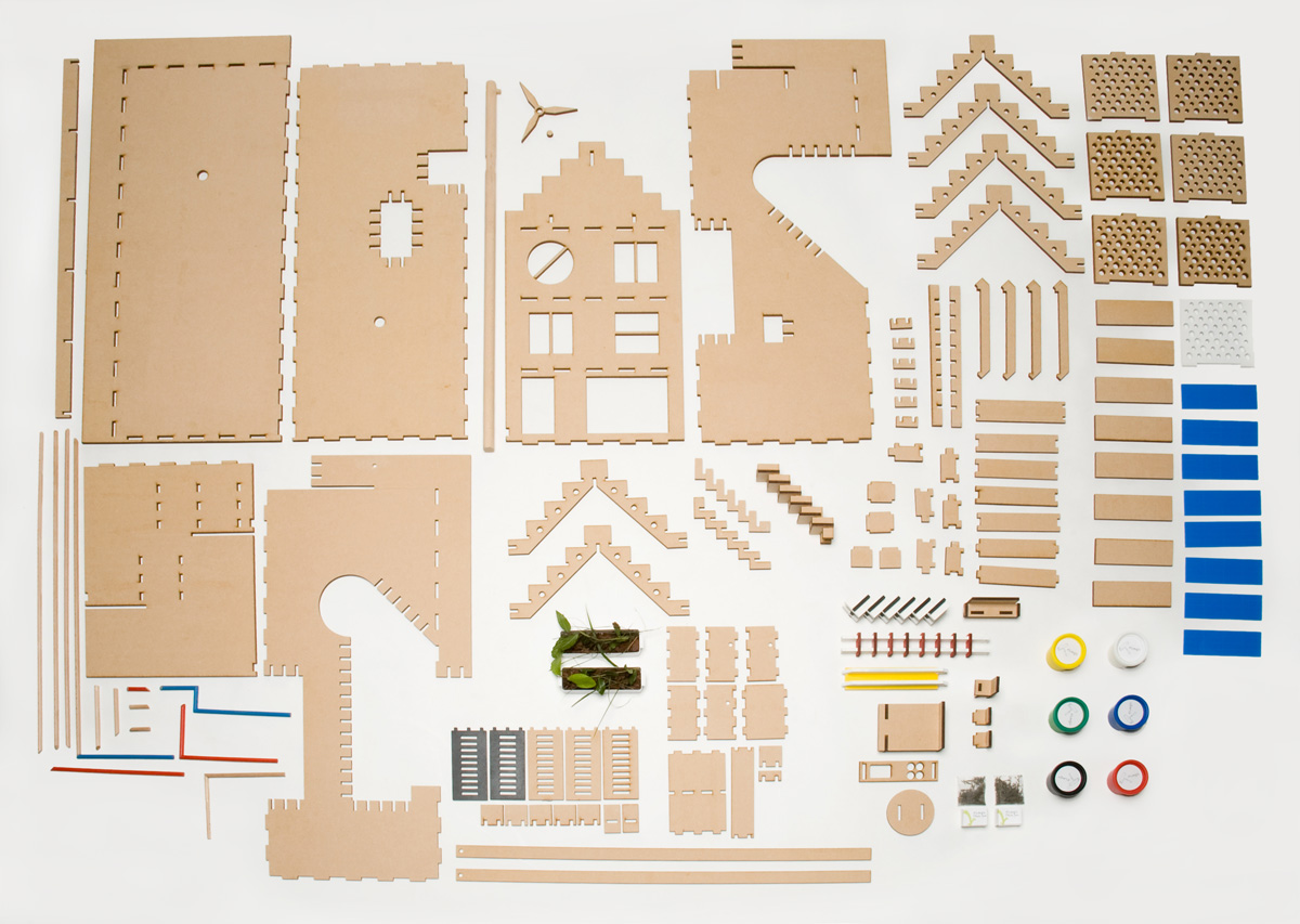 Kids Energy House Do Solar Panels Work How Diagram For Kindergie Huis Is A Prototype Dolls That Can Educate Children And Parents About Green Architecture Sustainable Living